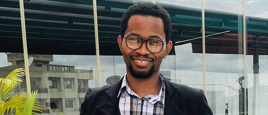 Dieudonné Tshitenge began his academic career in the Congo.  Today he works for Bayer AG as lab manager in Wuppertal. (Picture: private)